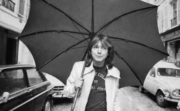 David Cassidy walks down a street in London in April 1974.