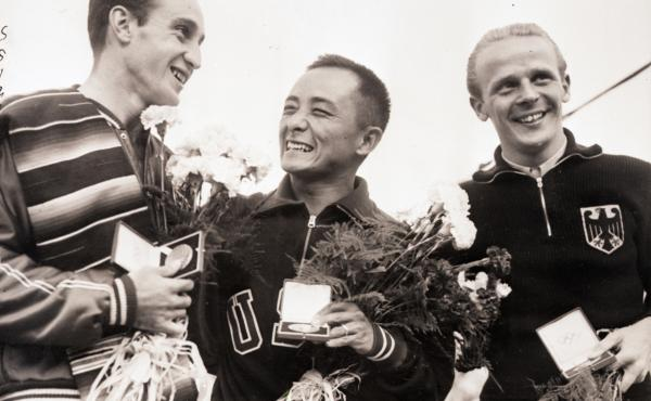 """Diver Sammy Lee, the first American to win gold medals in platform diving in consecutive Olympic games, was also among the country's earliest """"cultural ambassadors."""""""