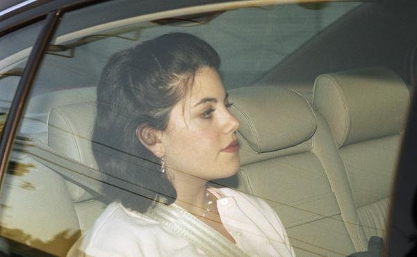 Monica Lewinsky leaves her family's home in the Brentwood section of Los Angeles, May 26, 1998.
