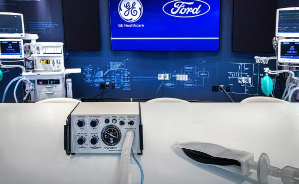 A Model A-E ventilator, left, and a simple test lung. Ford plans to begin manufacturing the simple ventilator that operates on air pressure, without the need for electricity, next week.