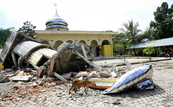 Houses of worship were destroyed by the earthquake that struck Aceh province on Wednesday.