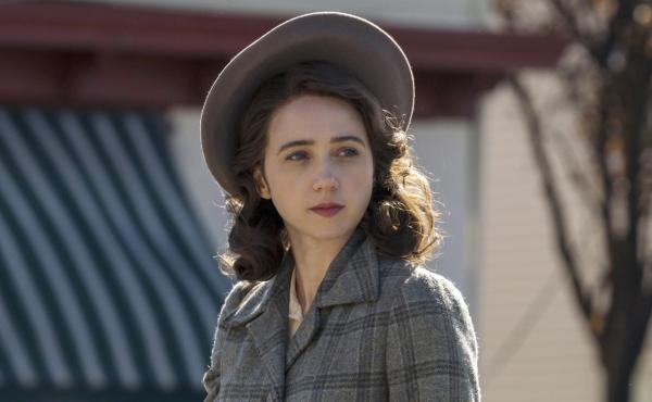 In the HBO series The Plot Against America, Zoe Kazan plays Bess, a Jewish mother whose family faces antisemitic discrimination.