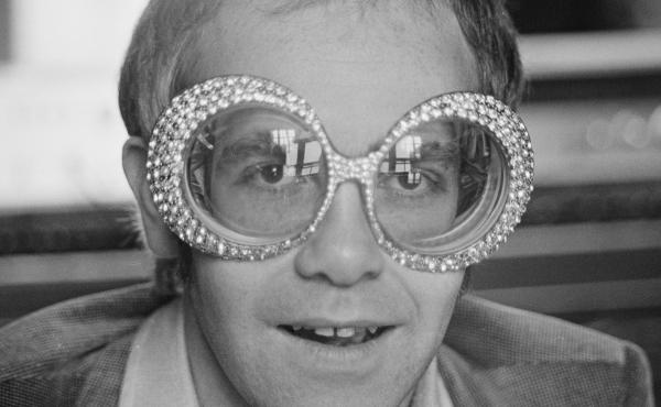 In his memoir, Me, British singer-songwriter Elton John, shown in 1974, shares revelations about his sexual orientation and his struggle with cocaine.