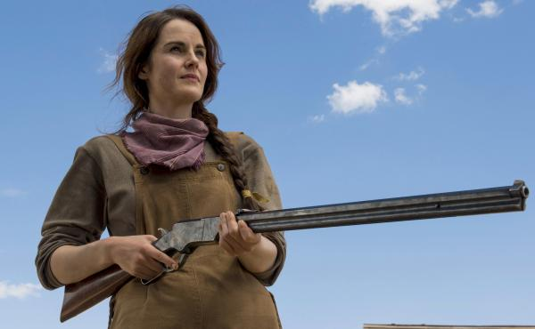 Michelle Dockery plays a rancher and single mom in Netflix's Godless.