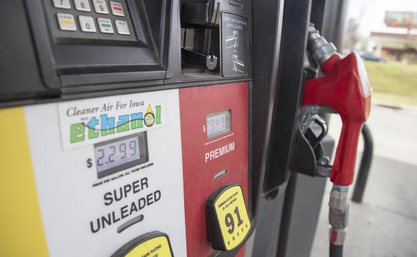 """Gas stations across Iowa, like this Casey's General Store in Des Moines, boast ethanol as """"cleaner air for Iowa."""""""