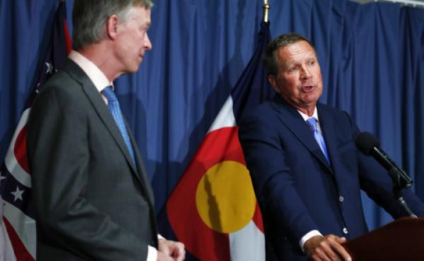 Colorado Gov. John Hickenlooper (left) and Ohio Gov. John Kasich will present a plan that fleshes out a set of principles they wrote about in an op-ed in The Washington Post.