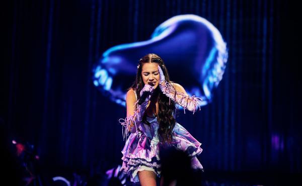 "Olivia Rodrigo performs ""good 4 u"" during the MTV Video Music Awards on Sept. 12, 2021."