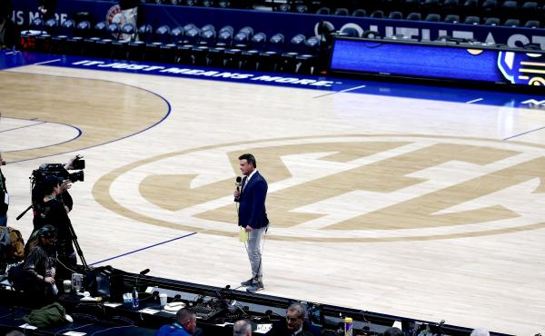 ESPN's Karl Ravech reports on the cancellation of the SEC Men's Basketball Tournament on March 12, in Nashville. With no live sports to show, the network is scrambling to fill the time. Its offerings now include diversions like cherry pit spitting and mar