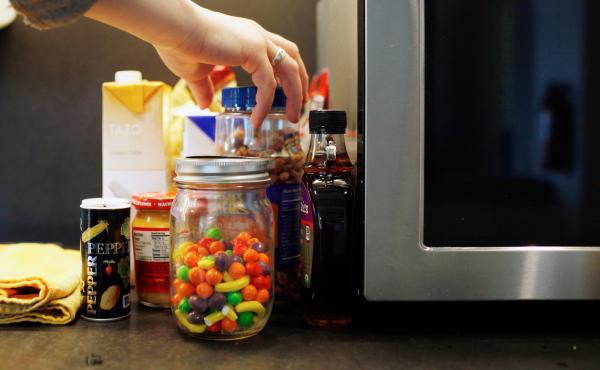 Do food-laden environments really contribute to obesity or is it the other way around?