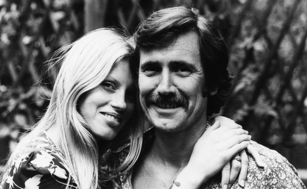 George Lazenby, right, and his fiancee, Christina Gannett, shortly before their marriage in 1971.