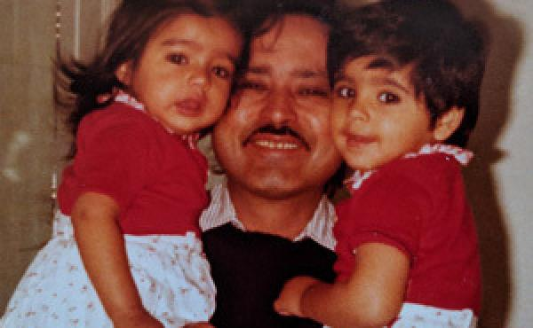 Aarti Shahani as a child with her sister and her father.