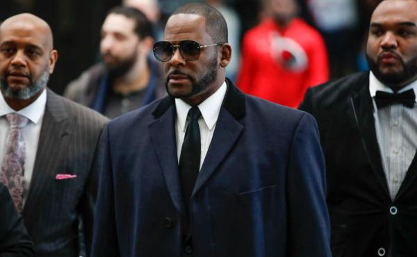 Singer R. Kelly, arriving in Cook County court for a hearing on sexual abuse charges in May.