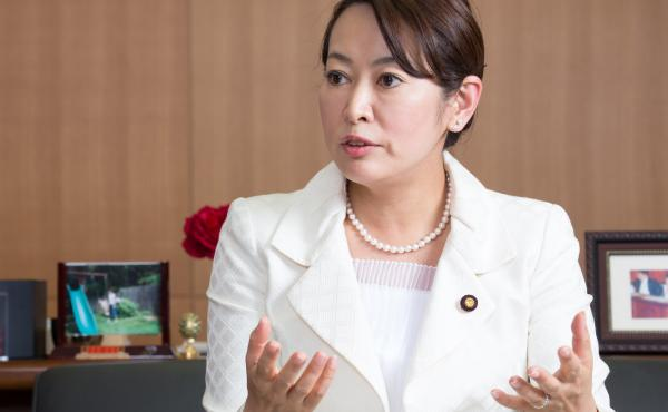 "Japan's Justice Minister Masako Mori, pictured in 2014, called it an ""extremely cruel and brutal case."" She signed Wei Wei's execution order on Monday."