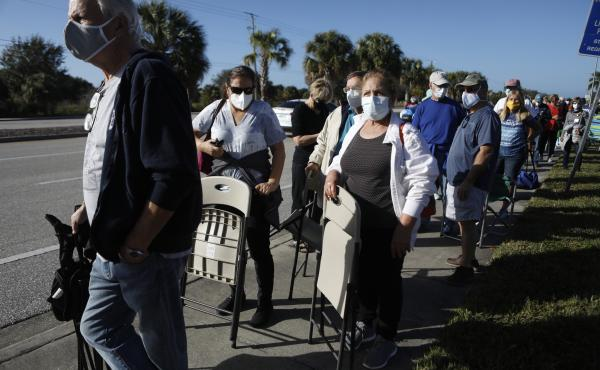 Long lines and computer isues are making it more difficult for some people to get the vaccine. These Floridians hope to snag one of 800 doses available at a vaccine site in Fort Myers.
