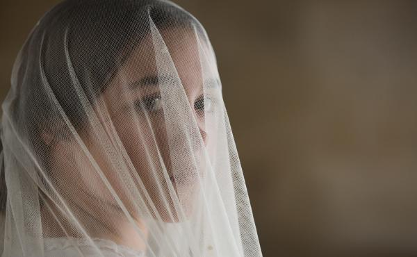 Katherine (Florence Pugh) is stifled by her loveless marriage to a bitter man twice her age.
