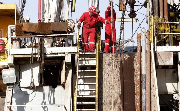 A crew works in early February to stop the flow of gas from the leaking gas well at the Aliso Canyon storage facility.