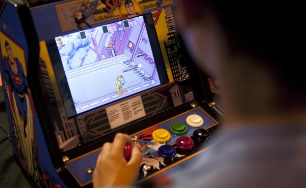 Industry-watchers say the number of arcades in the U.S. has been growing along with a demand for new, but old-fashioned games.