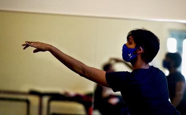 Louisville Ballet dancer Sanjay Saverimuttu takes a socially distanced class at the ballet on Aug. 20, 2020.