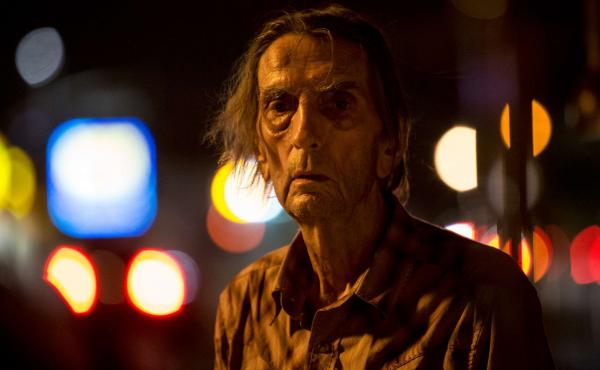 The late Harry Dean Stanton brings a raw-boned grace to Lucky.