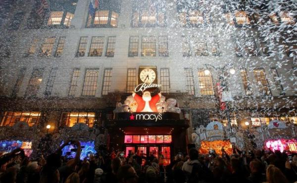 """Macy's Herald Square celebrated the unveiling of its 2016 Christmas windows titled """"Believe"""" in November. On Wednesday, the chain announced plans to try to recover from a weak holiday shopping season."""