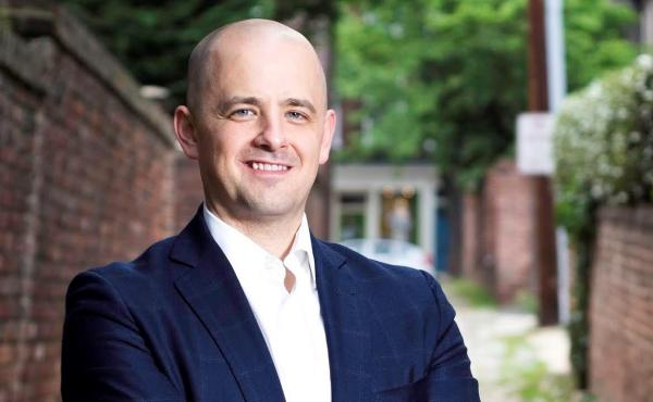 Evan McMullin launched an independent bid for president on Monday.