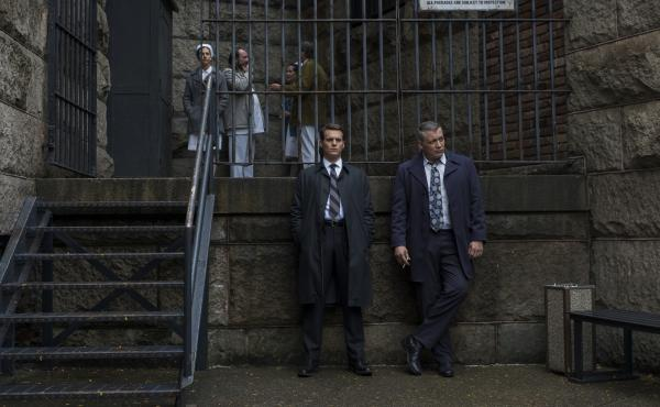 In Netflix's Mindhunter, FBI agents Ford (Jonathan Groff) and Tench (Holt McCallany) study those who would kill your friends and family to remind you of their love.