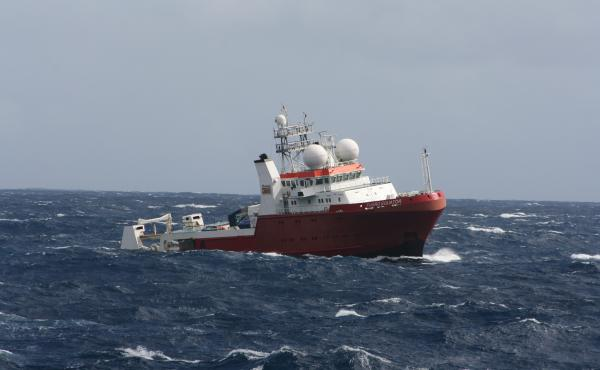 For two years, vessels have been scouring the southern Indian Ocean for signs of the missing jetliner. A new report suggests they might be looking in the wrong place.