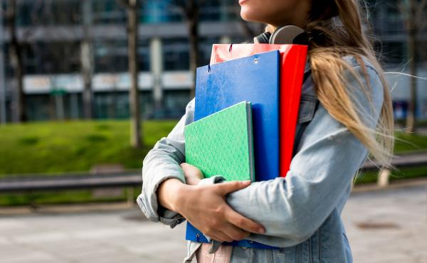 Staying healthy and knowing how to find good health care is a big challenge for college freshmen leaving home for the first time.