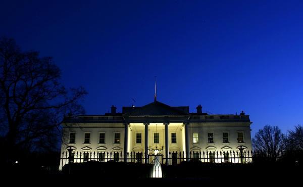 Evening settles over the White House.