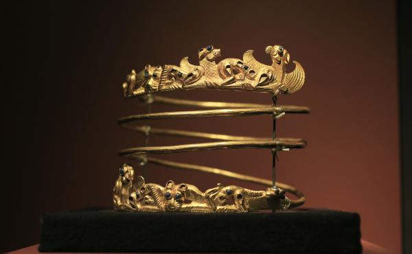 A spiraling torque from the second century A.D. is displayed as part of the exhibit called The Crimea - Gold and Secrets of the Black Sea in 2014 at Allard Pierson historical museum in Amsterdam.