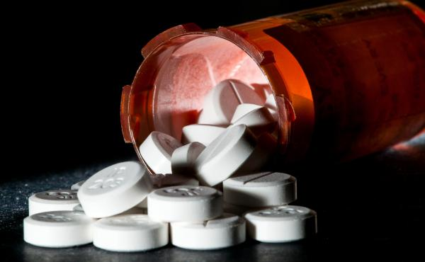 Doctors often prescribe more opioid painkillers than necessary following surgery, for a variety of reasons.