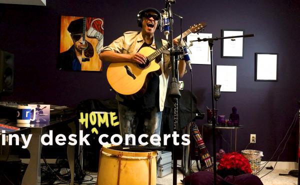 Raul Midón plays a Tiny Desk (Home) concert.
