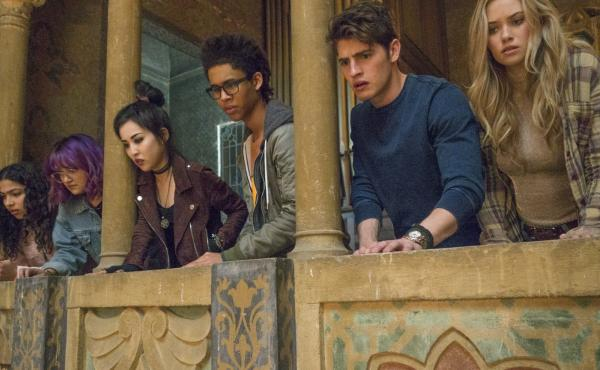 The view from the cheap seats (L to R): Molly (Allegra Acosta), Gert (Ariela Barer), Nico (Lyrica Okano), Alex (Rhenzy Feliz), Chase (Gregg Sulkin) and Karolina (Virginia Gardner) in Runaways.