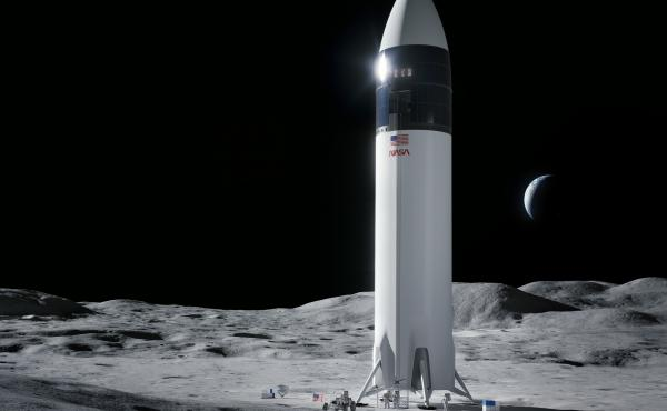 Illustration of SpaceX Starship human lander design that will carry the first NASA astronauts to the surface of the moon under the Artemis program.