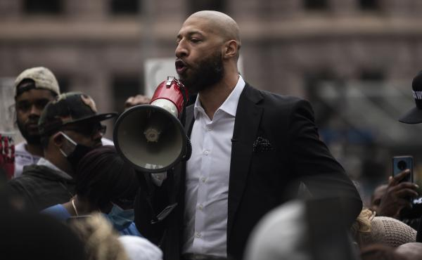 Former NBA player Royce White speaks out during a protest Friday in Minneapolis. White, a Minnesota native, joined former NBA player Stephen Jackson in calling for the prosecution of officers in George Floyd's killing.