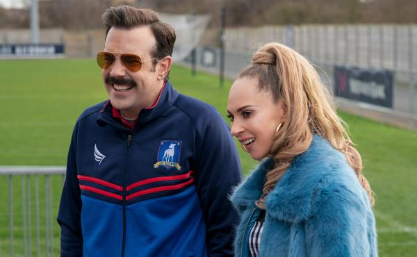 Jason Sudeikis and Juno Temple as Ted and Keeley in Ted Lasso.