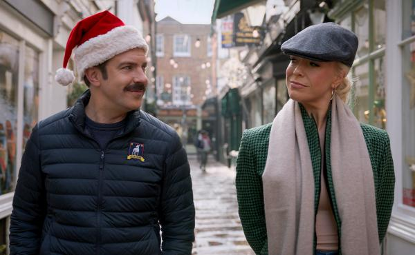 Ted (Jason Sudeikis) and Rebecca (Hannah Waddingham) spend some time together on the Christmas episode of Ted Lasso.