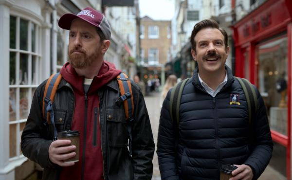 Brendan Hunt and Jason Sudeikis in Ted Lasso.