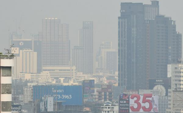 Thailand's Pollution Control Department declared air quality in the the Thai capital unhealthy, leading to the closure of 400 public schools through the end of the week.