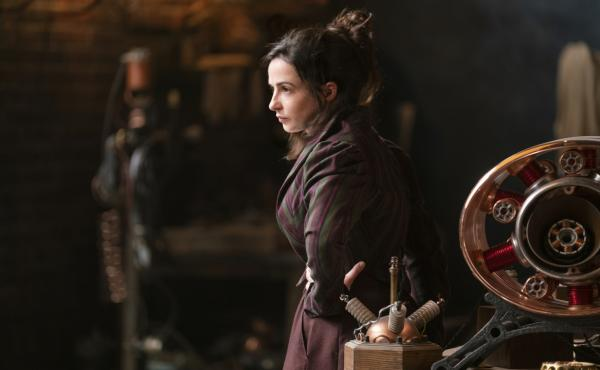 Amalia True (Laura Donnelly) leads a rag-tag team of women imbued with mysterious powers in The Nevers.