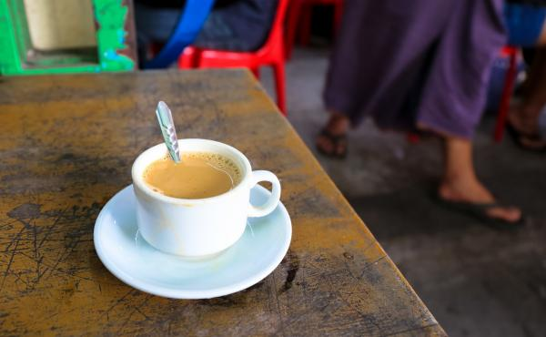 Classic Burmese laphet yay tea is a mix of evaporated milk, sweetened condensed milk and black tea.