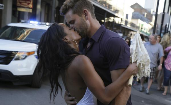 Rachel and Nick smooch in a highly realistic, tooooootally normal romantic situation on The Bachelor. Spoiler alert: He isn't going to pick her, because she's the next Bachelorette.