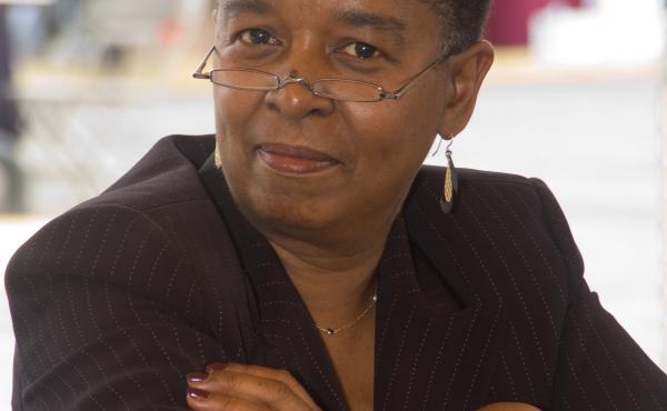 Beverly Jenkins author photo.