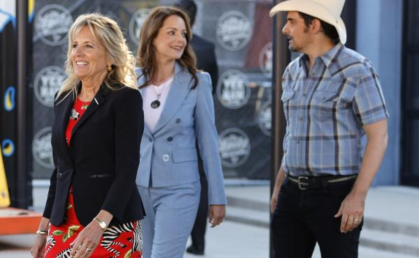 First lady Jill Biden tours a vaccination site in Nashville with country star Brad Paisley and his wife Kimberly Williams-Paisley.
