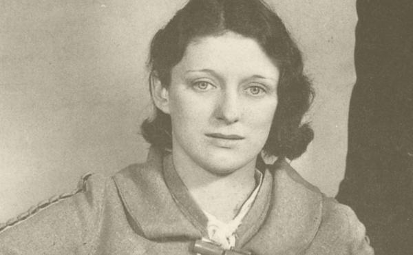 Maybelle Carter joined with the Carter Family in 1926.