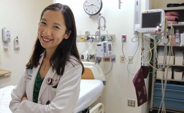 """Dr. Leana Wen is in favor of COVID-19 vaccine mandates. """"I don't think that people should have the choice to infect others with a potentially fatal and extremely contagious virus,"""" she says. Wen is pictured above in the emergency department at Brigham and"""