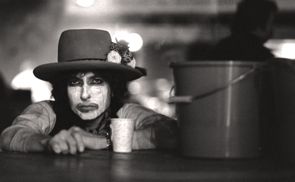 Bob Dylan, photographed in his Rolling Thunder Revue face paint.