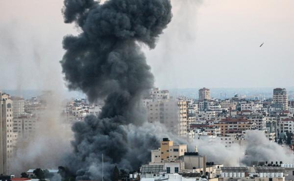 The Israeli army sends airstrikes into Gaza City on May 14, 2021.