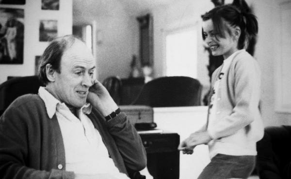 """Children's book author Roald Dahl and his daughter Lucy. """"Food was a huge part of our upbringing,"""" Lucy Dahl says. Her father delighted his children with fanciful """"midnight feasts"""" in the woods and often used mealtime to test out new characters from stori"""