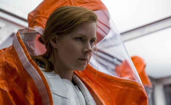 Amy Adams plays linguist Louise Banks in Arrival.